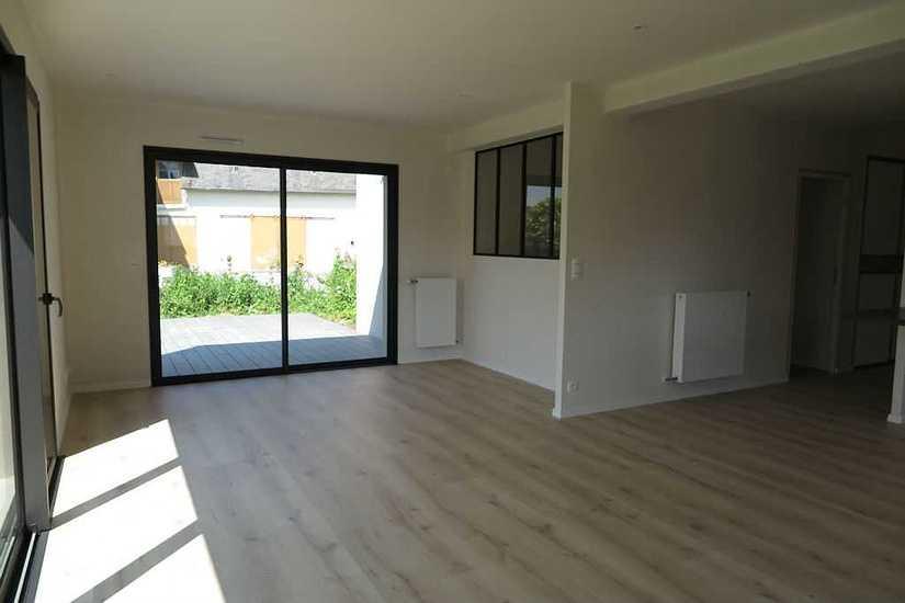 MAISON CONTEMPORAINE • 2 NIVEAUX maison-contemporaine-saint-brieuc-sejour-2
