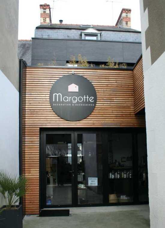 Rénovation, extension et aménagement commerce bord de mer - 30 m² renovation-amenagement2-apres-744x1024