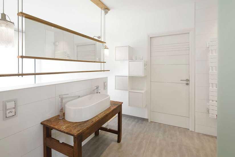 MAISON DESIGN • POSITIVE • 2 NIVEAUX interieur-douche-3-maison-design-2-bord-de-mer
