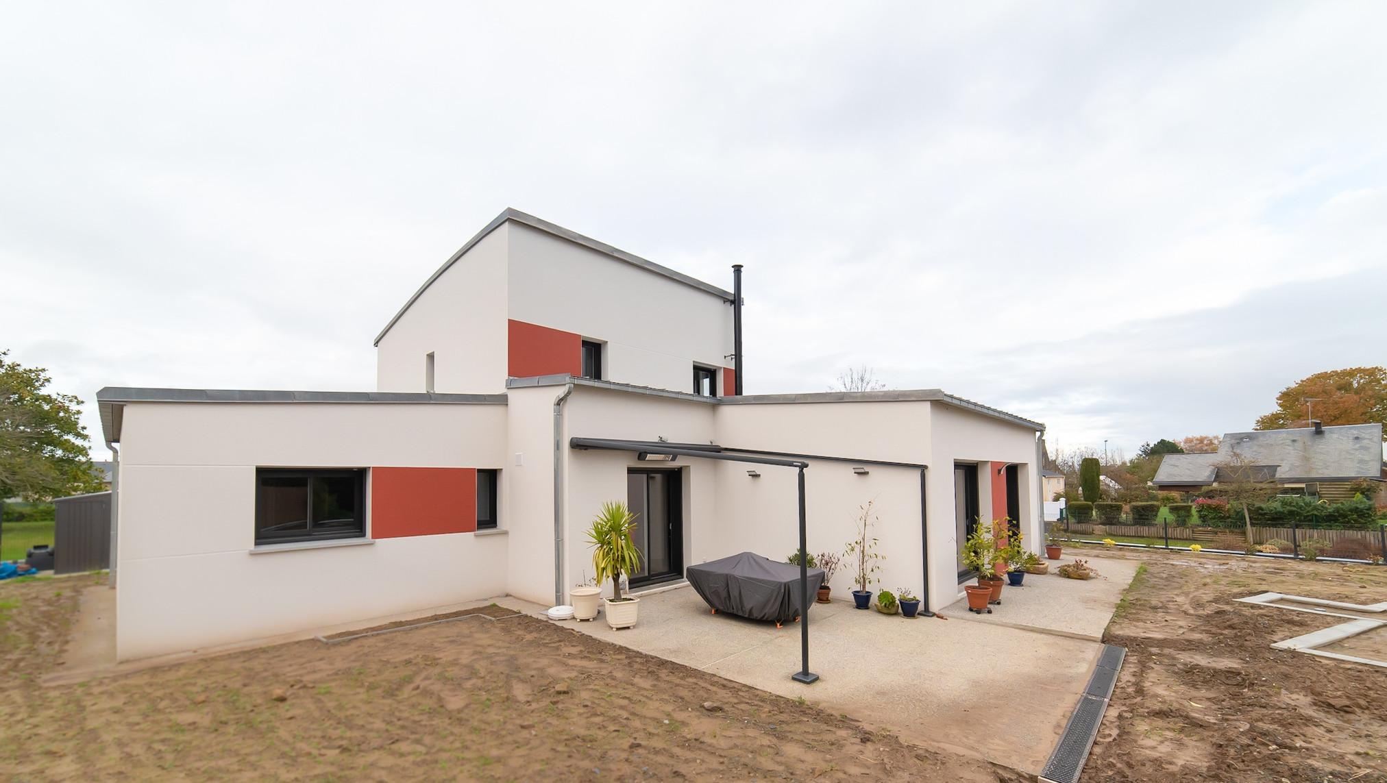 Audacieuse MAISON CONTEMPORAINE- 140 m2- Accès plain-pied - 2 NIVEAUX GY-94